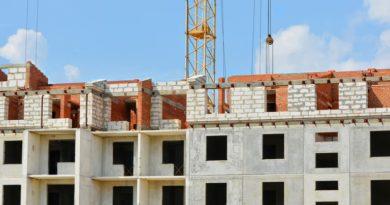 Várhatsz az új lakásra: csúszásban az átadások