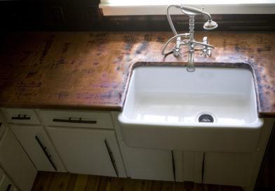 Miből legyen a tökéletes konyhapult? Tippek lakásfelújításhoz!