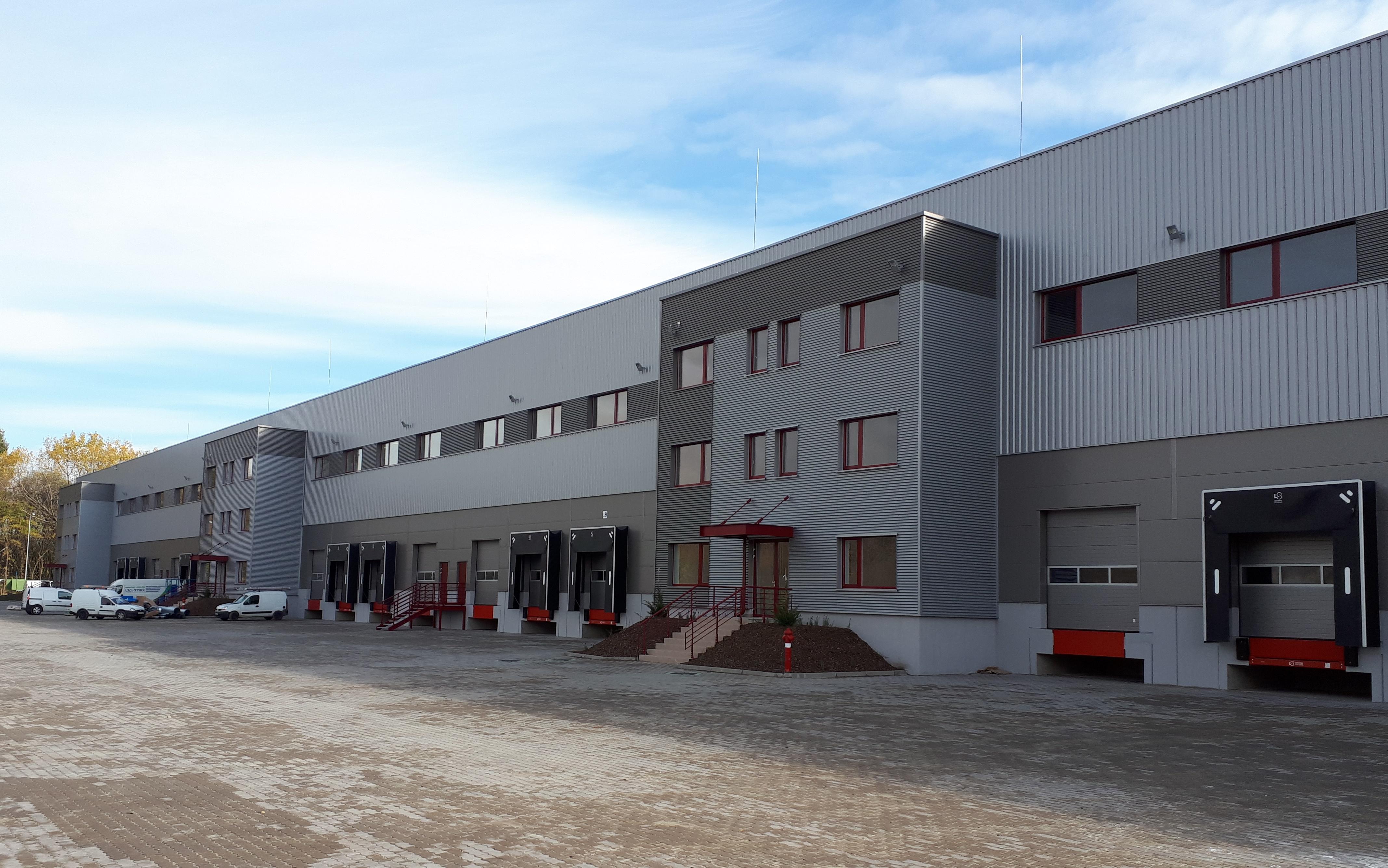 East Gate logisztikai központ