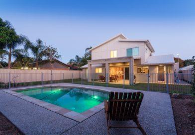 Hűtsd le magad! Álomszép medencés házakat mutatunk!