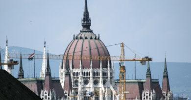 A Fidesz-KDNP megfúrta a devizahitelesek ügyét