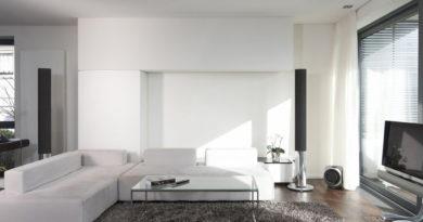 Kicsi, sötét nappali? 10 lakberendezési trükk, amitől világosnak és tágasnak tűnik majd