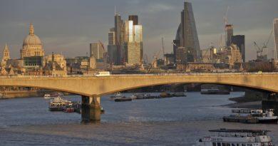A Brexit miatt elkezdték lecserélni lakáshiteleiket a britek