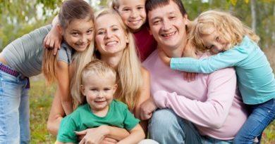 Hamarosan jönnek a családvédelmi program részletei: készülnek a módosítások is