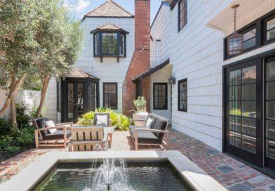 Diane Keaton mesés háza csak egy háztömbnyire fekszik Laguna Beach-től. És most épp eladó!