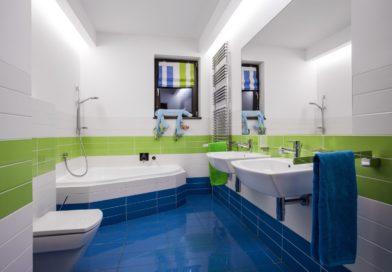 Mi kerüljön a két mosdó közé a fürdőben?