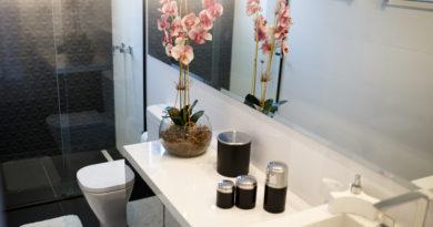 Icipici fürdőszobák, mégis gyönyörűek: nagyobbnak látszanak, ha így rendezed be őket