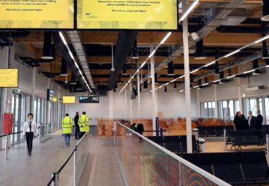 """Új utasmóló a repülőtéren: vége lesz a fapados """"bádog-városnak"""""""
