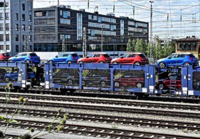 Logisztika: a vasút nyer, a közút terhelése csökken