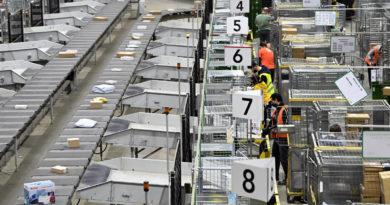 Probléma a Magyar Postánál: belföldön akadnak el a nemzetközi csomagok